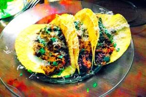 chicken and tarragon mole taco