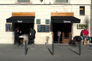 bar iposa
